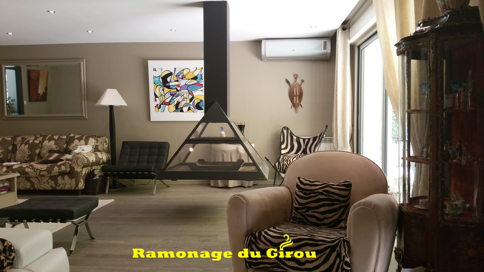 ramonage du girou les differentes cheminees. Black Bedroom Furniture Sets. Home Design Ideas